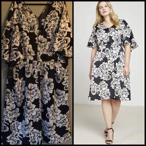 NWT Eloquii Cape Sleeve Midi Dress - Size 28
